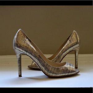 Shimmery Heels ✨